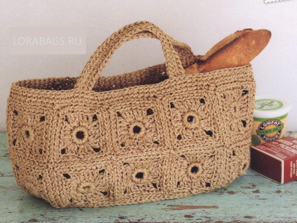 вязаная сумка из рафии с мотивами